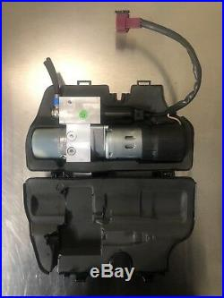 Mercedes Benz W251 R350 R500 R550 Tailgate Hatch Lift Trunk Hydraulic Pump Motor