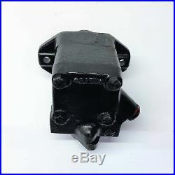 Vickers Hydraulic Power Steering Pump VTM42504015 NOS